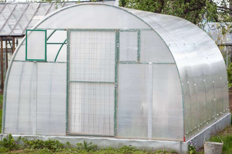 using a vent to cool a greenhouse
